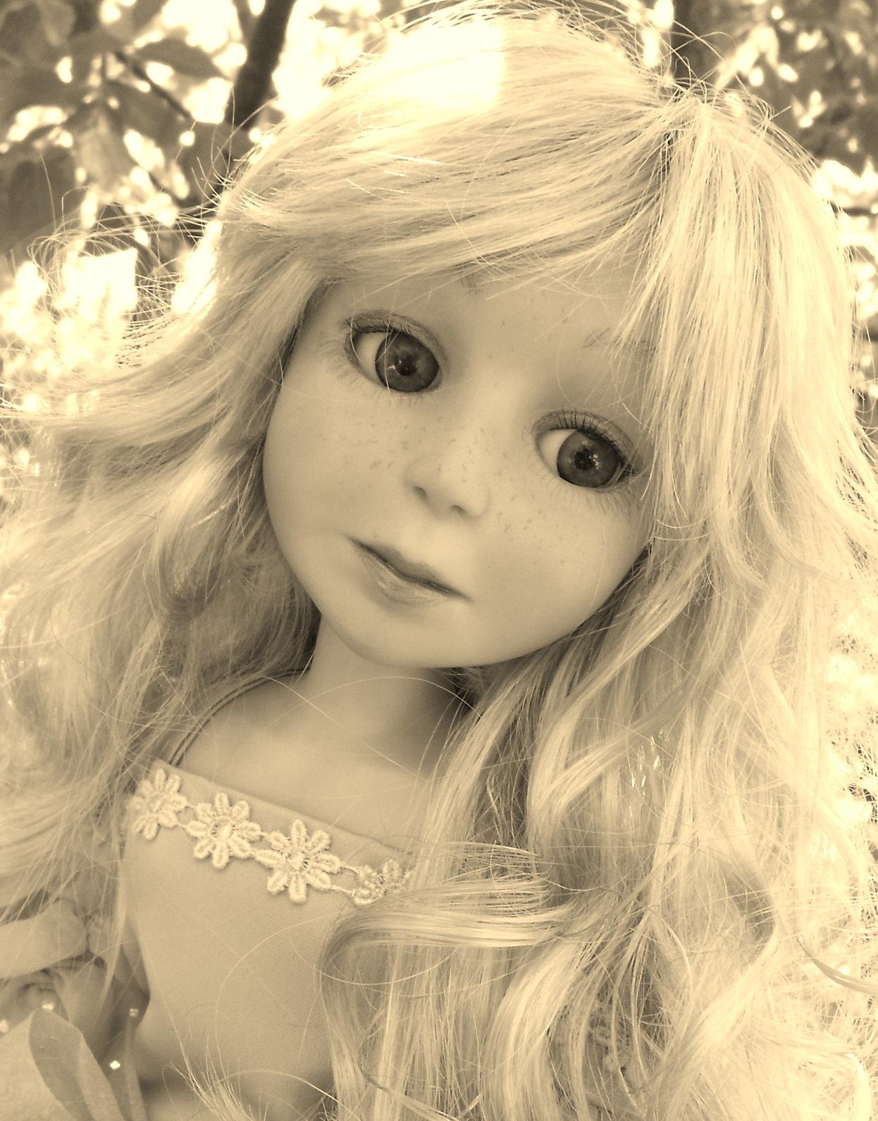 Princess-sephia (1663x1900).jpg?13650249